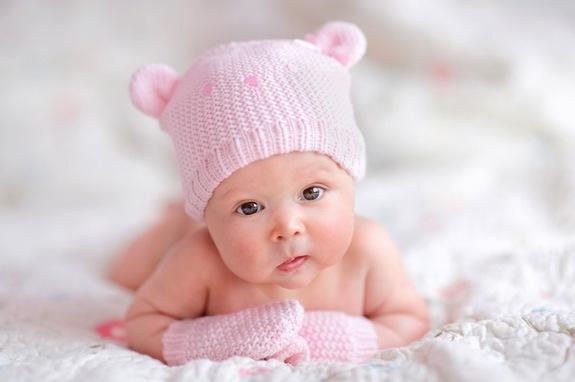 Baby Watching Wallpaper