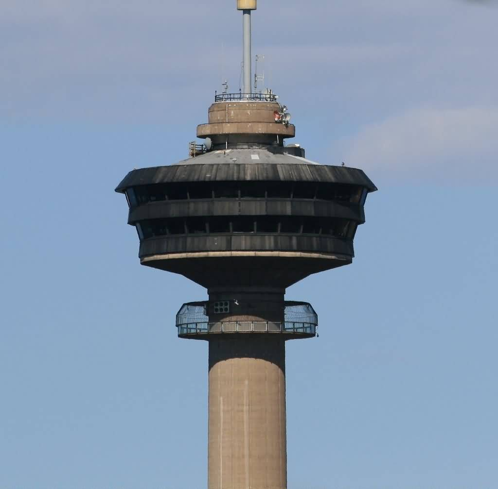 Beautiful Closeup Of The Nasinneula Tower In Tampere City For Hd Wallpaper