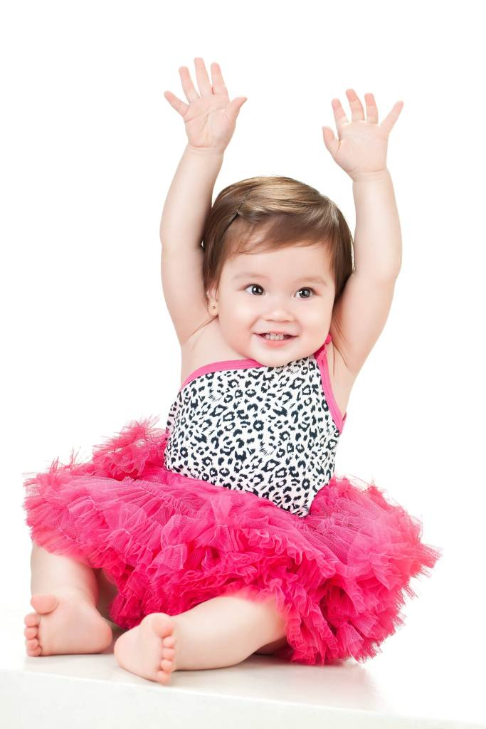 Cute Little Baby Girl Hd Wallpaper