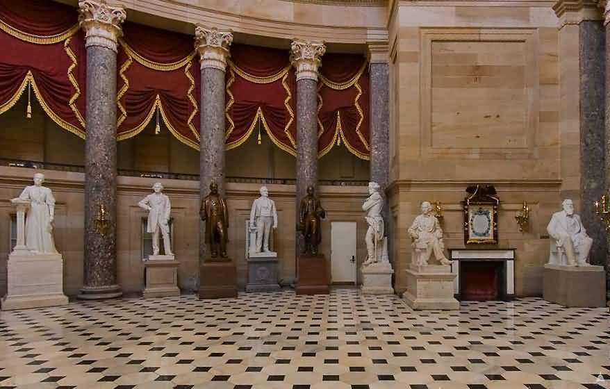 Incredible Statues Inside United States Capitol With Beautiful Walls