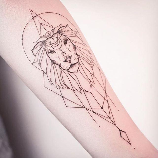 mind blowing simple black ink lion tattoo outline on arm picsmine. Black Bedroom Furniture Sets. Home Design Ideas