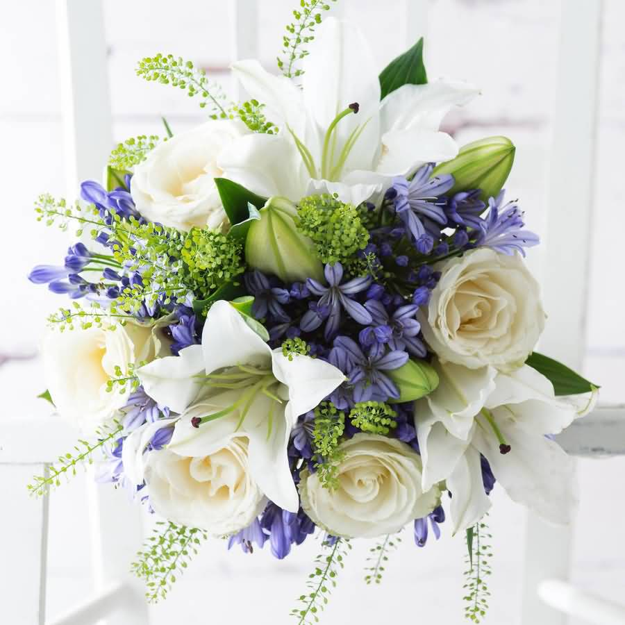 Most Beautiful Bluebell And White Rose Flower Bouquet Wallapaper