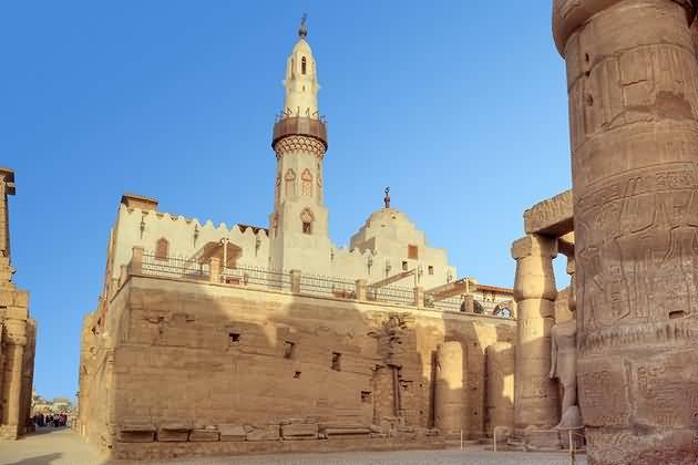 Very Beautiful Inside View Of The Luxor Temple For Wallpaper