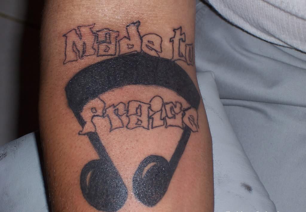 Rock Band Tattoo 030