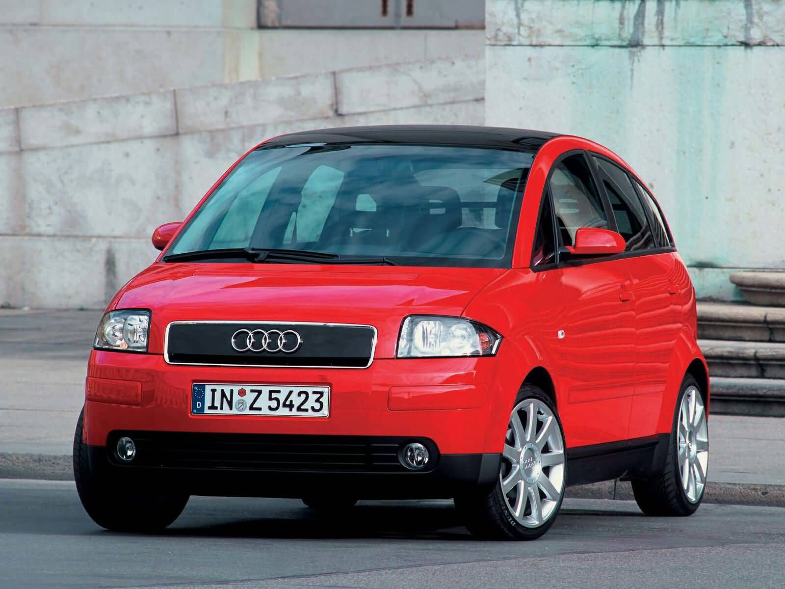 Front side view of lovely Audi A2 Car