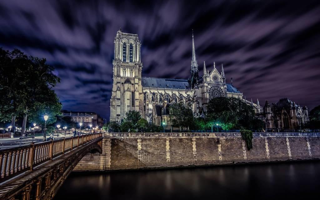 Most Amazing Notre Dame De Paris Full HD Wallpaper