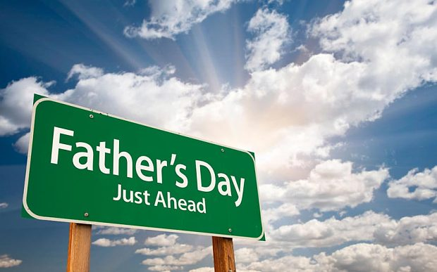 Perfect Happy Father's Day Just Ahead Borad Image