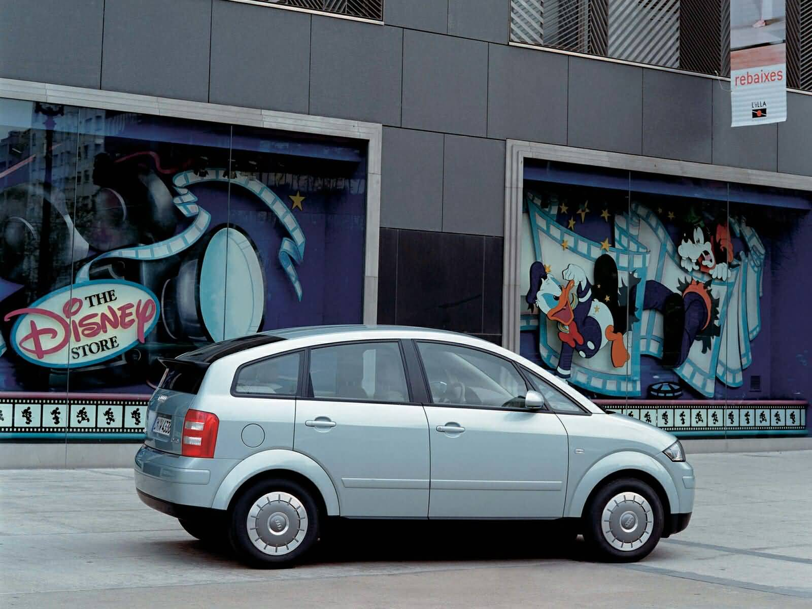 Stunning look of silver Audi A2 Car