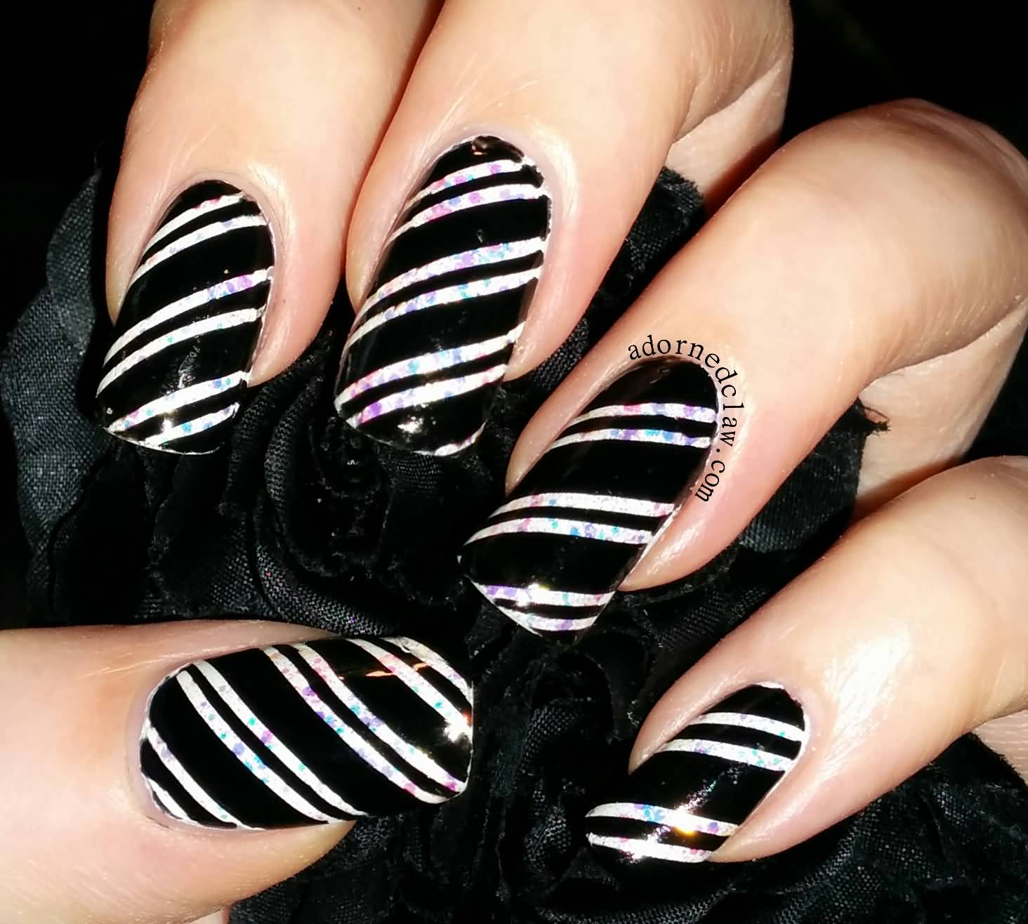 Awesome Black And White Nails With 2 Lining Design