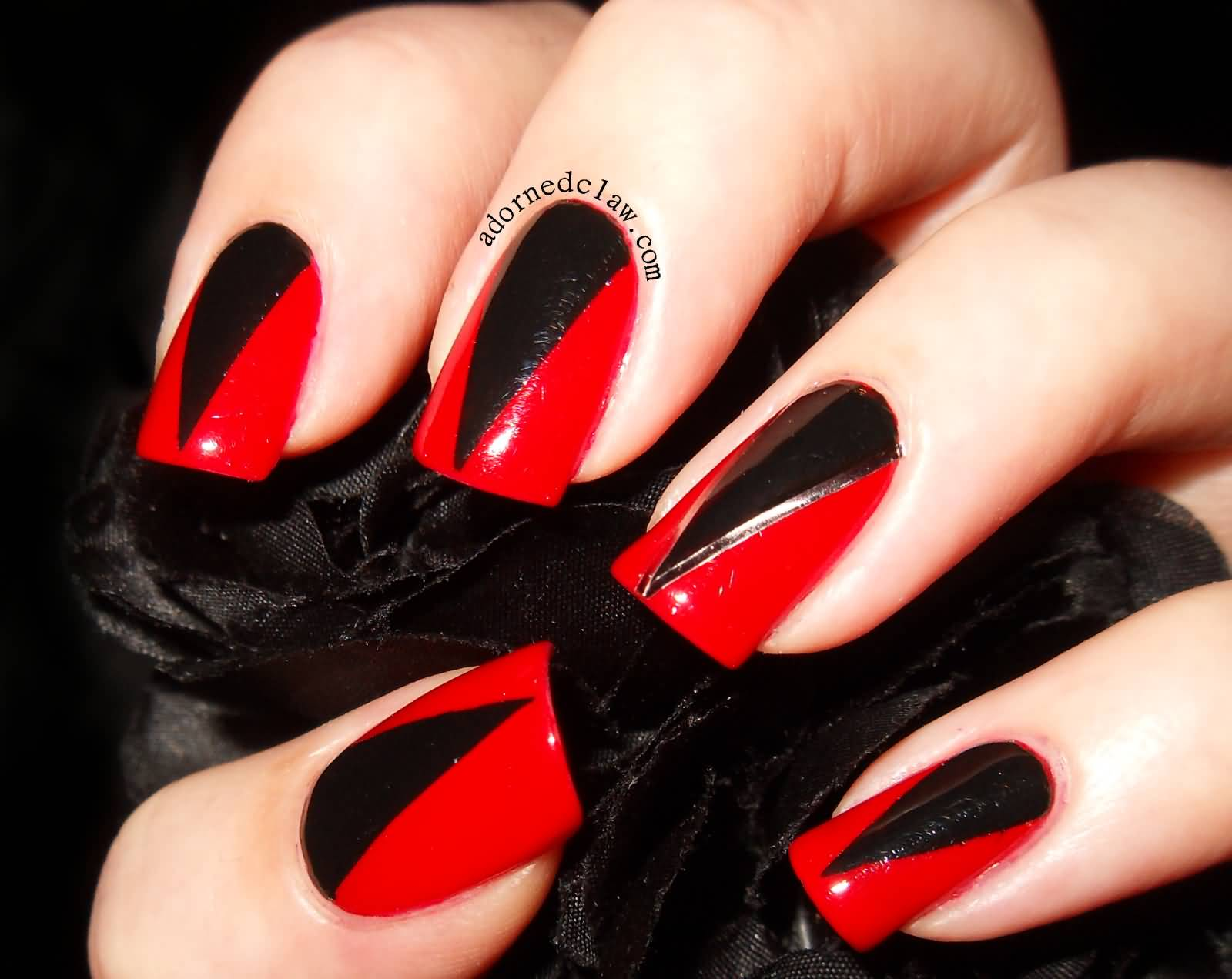 Awesome Red And Black Nails With Sharp V Design On Nail