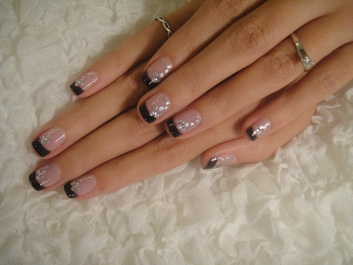 Best Black French Tip Nails With Silver Dot