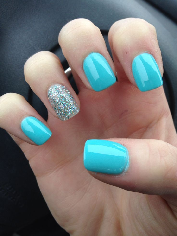 Dashing Yellow And Blue Nails With Sparkling Paint