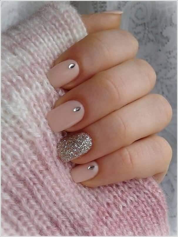 Diamond Type Stones With Nail Paint Glitter Accent Nail Art