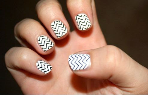 Eye Catching Black And White Nail Art With Lines