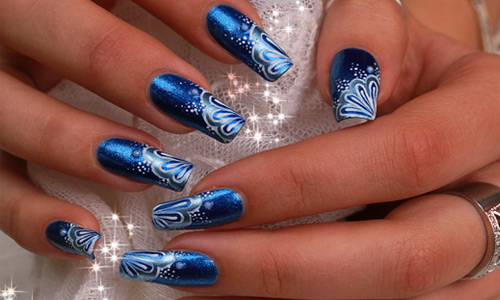 Fabulous Blue Nails With Flower Design