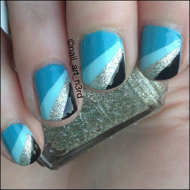 Fabulous Blue Nails With Sparkling Colorful Design