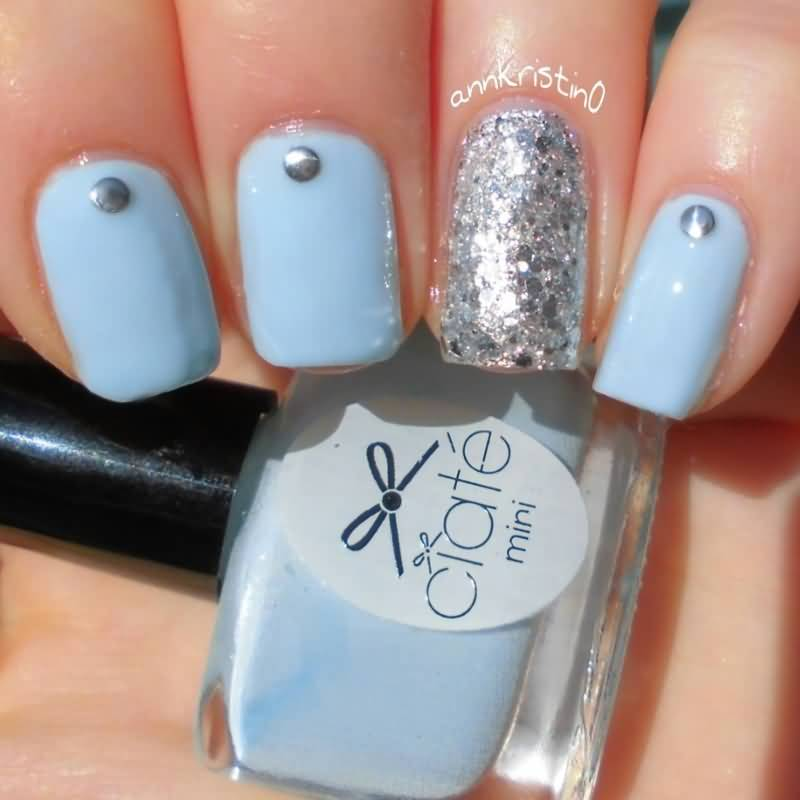 Fabulous Silver Color And Sky Blue Accent Nail Art