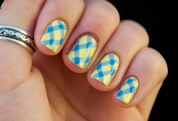 Fantastic With Check Design In Yellow And Blue Nails