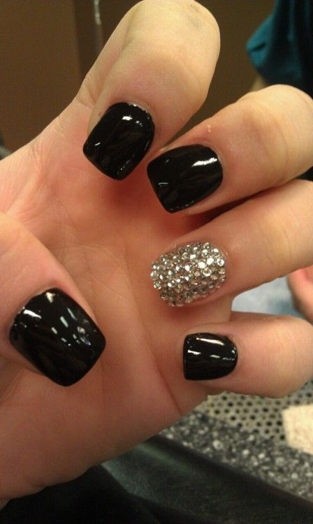 Full Black And Diamond Design Accent Nail Art