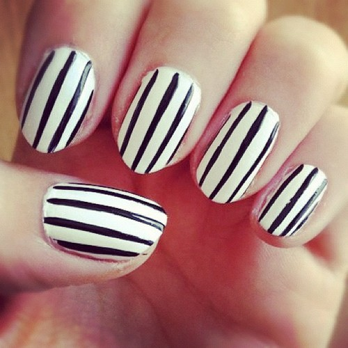 Glossy Black And White Nails With Straight Lines
