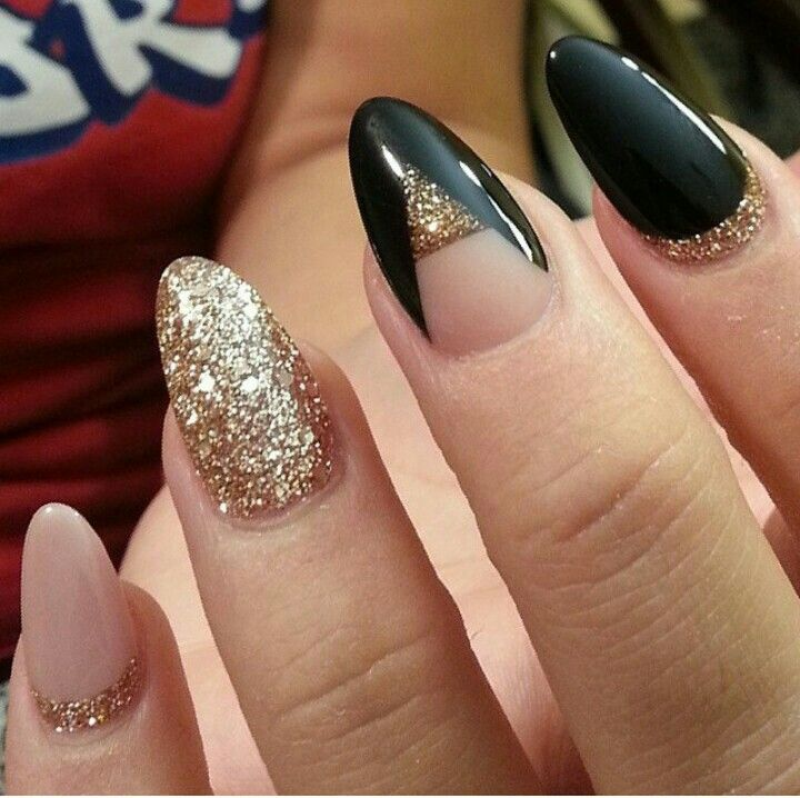 Glossy Golden And BalCk Color Paint Black Acrylic Nail Art