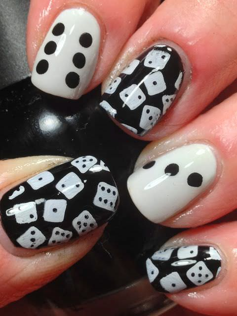 Great Dice Paint Design In Black And White Nail Art