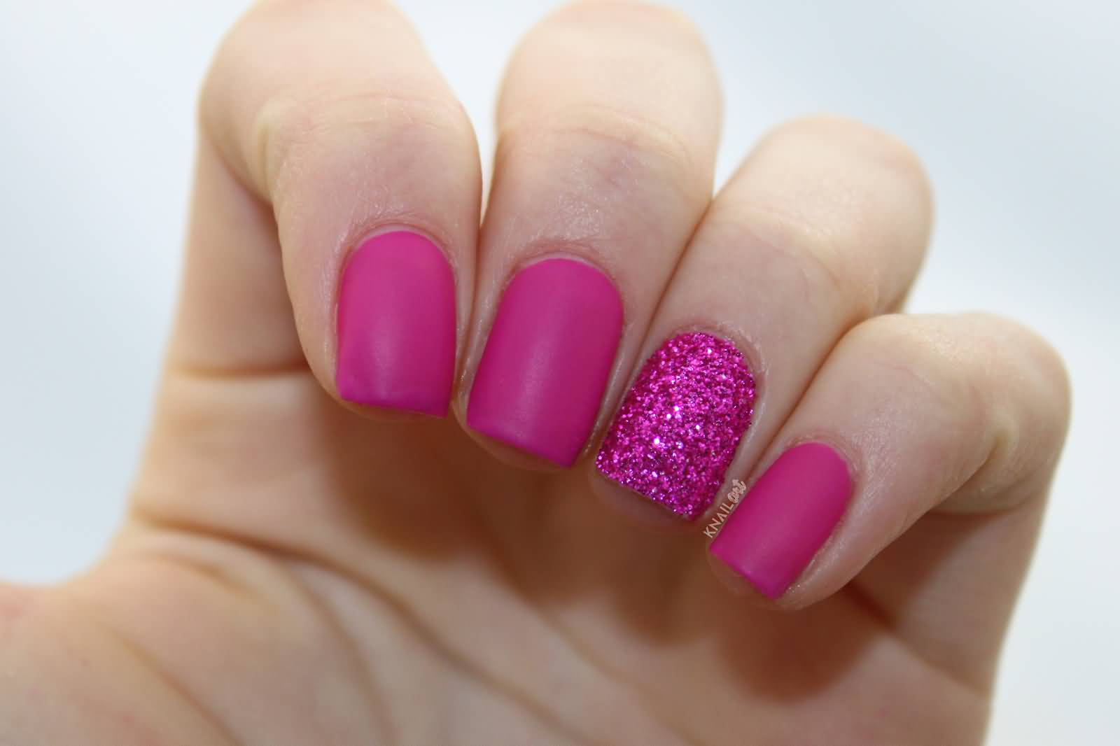 Great Pink With Sparkle Glitter Accent Nail Art