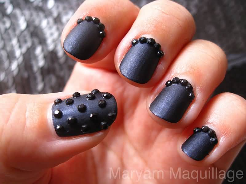 Incredible Black Matte Nails With 3D Crystal