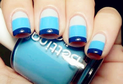 Incredible Blue Nails With Colorful Design