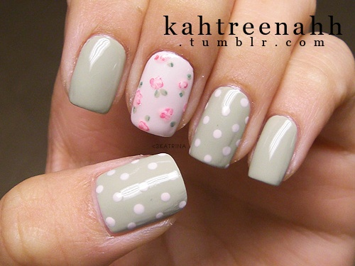 Incredible Flower With White Dotes Accent Nail Design