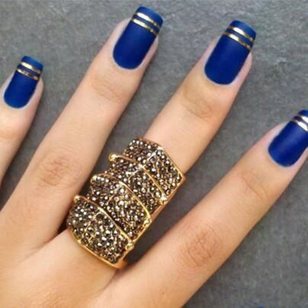 Mind Blowing Blue Nails With Golden Line
