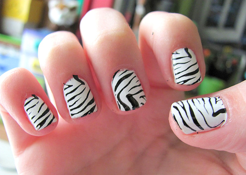 Most Awesome Zebra Design Black And White Nail Art
