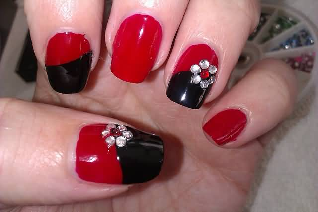 Most Beautiful Red And Black Nails With Flower