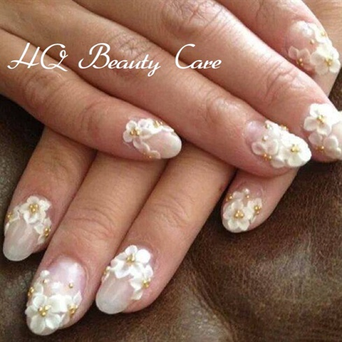 Most Amazing White Color Flower 3D Acrylic Nail Art