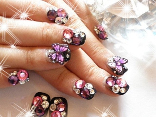 Nice Butterfly With Decorated With Diamond 3D Butterflies Nail Art