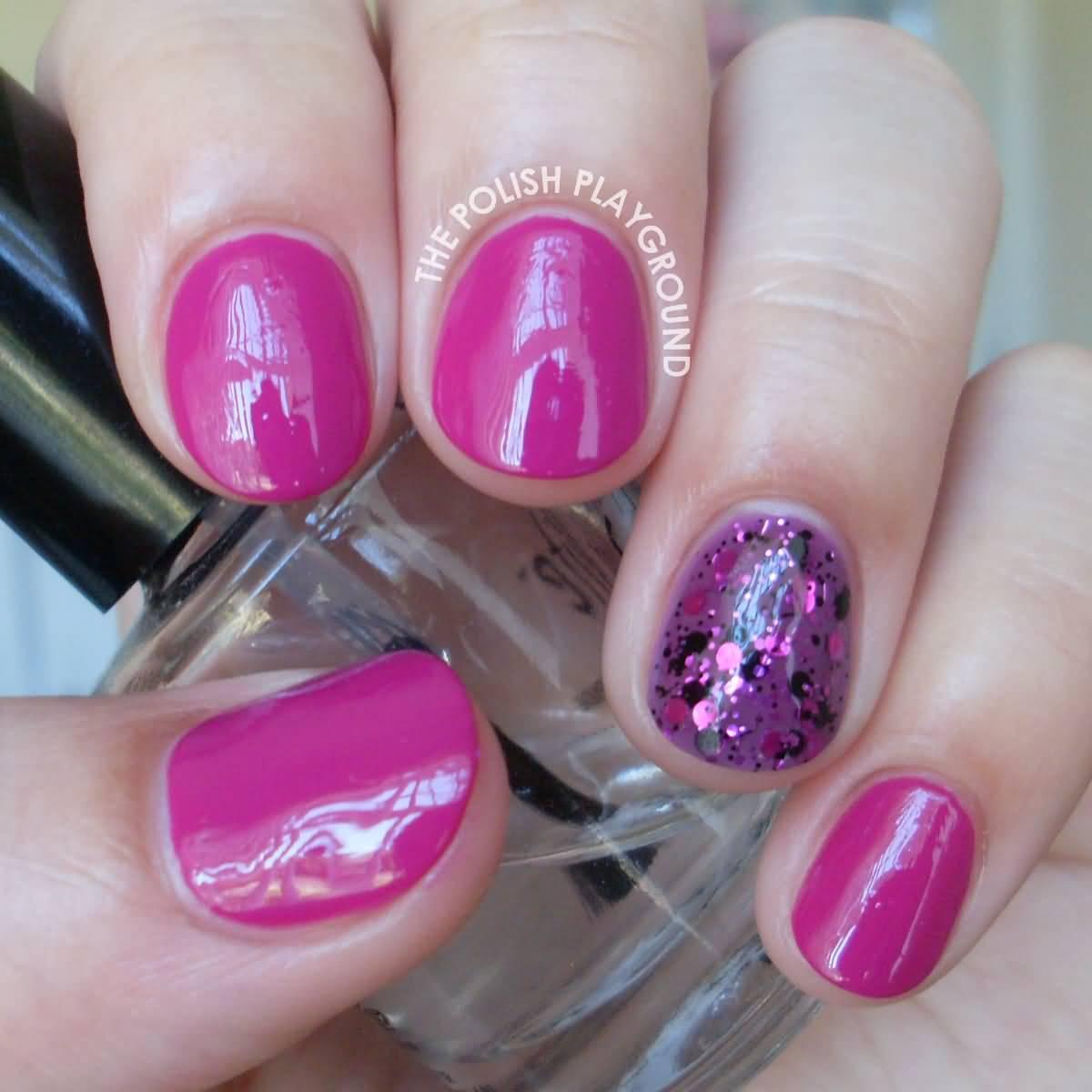 Sparkling Pink Glitter Accent Nail Art
