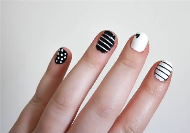 Stunning Black And White Nails With 2 Designs