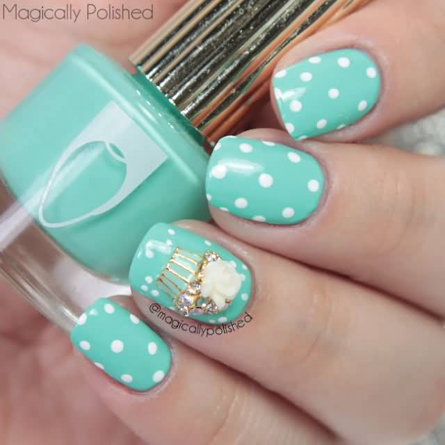 Birthday Fingernail Cake: Stunning Blue Color Cake With Dotes Birthday Nails