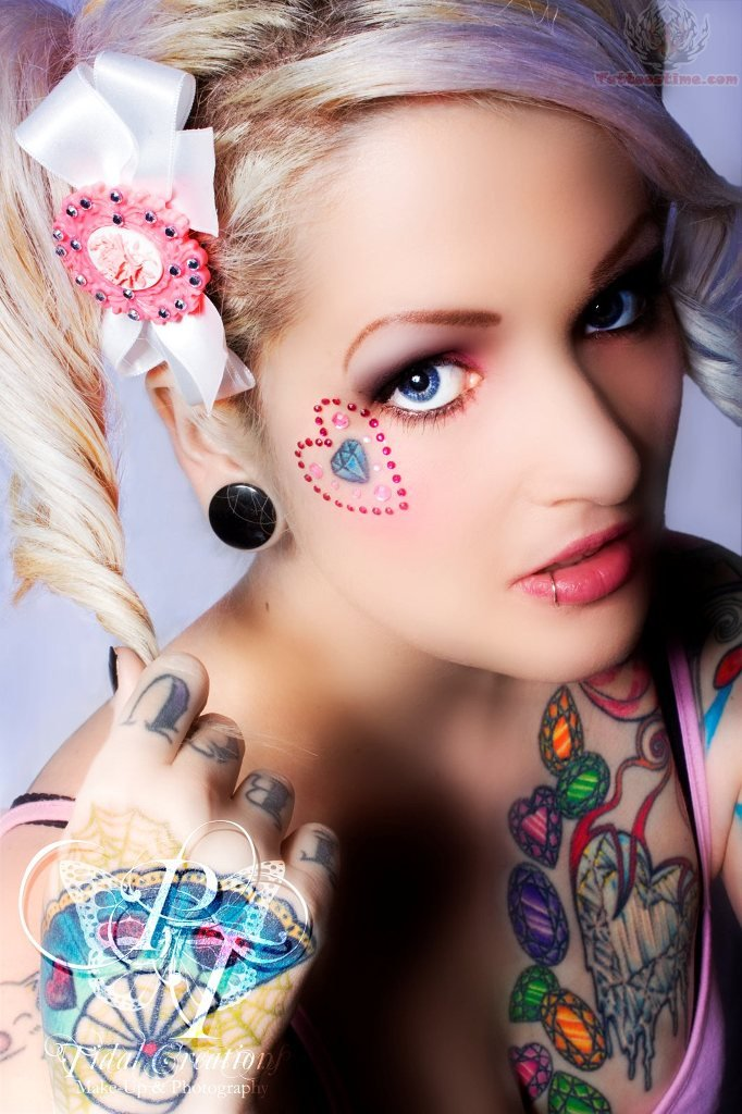 Sweet Eyes n Heart Diamond Tattoo On Face For Girls