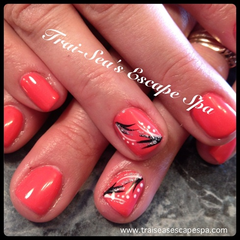 Tremendous Pink Color Nail Paint With Black Leaves Accent Nail Art