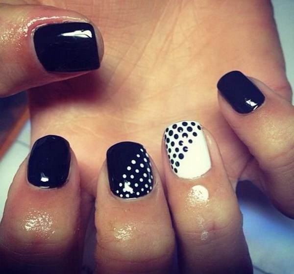 Tremendous White And Black Nail Art With Dotted Design
