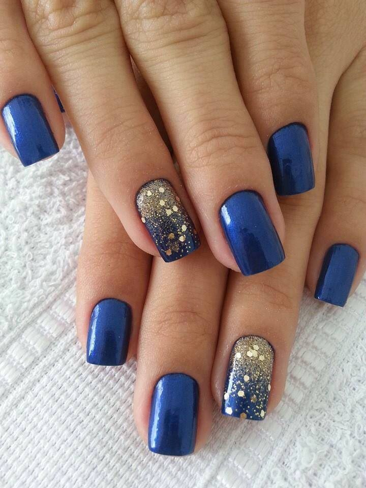 Trendy Blue Color With Sparkling Ink Black And White Nails