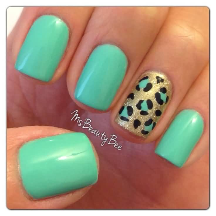 Trendy Tiger Print Accent Nail Art