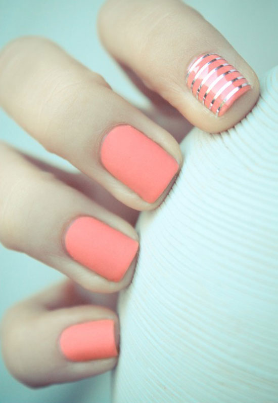Unique Design Of Pink Nail Paint Accent Nail Art