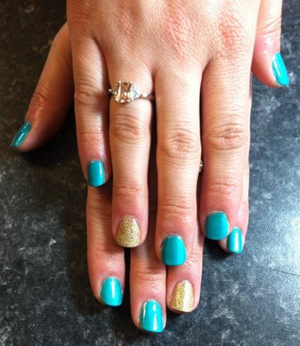 Very Nice Sky Blue Glitter Accent Nail Art