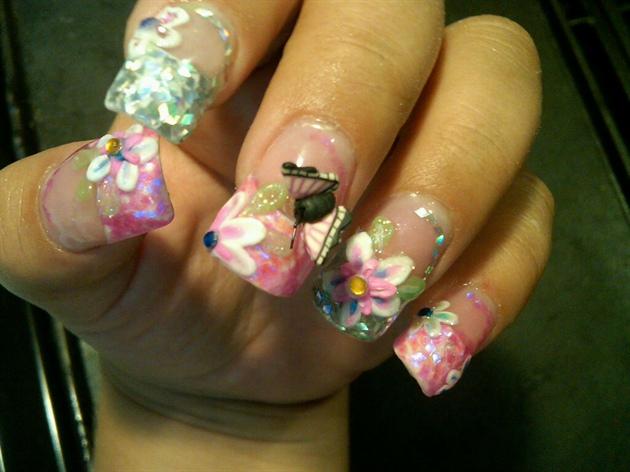 Wonderful 3D Butterflies Nail Art With Flower