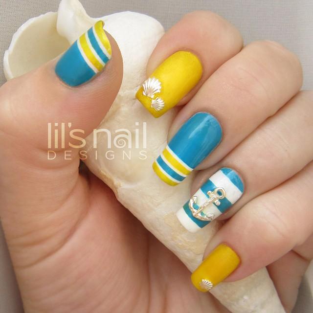 Wonderful Anchor Symbol Yellow And Blue Nails
