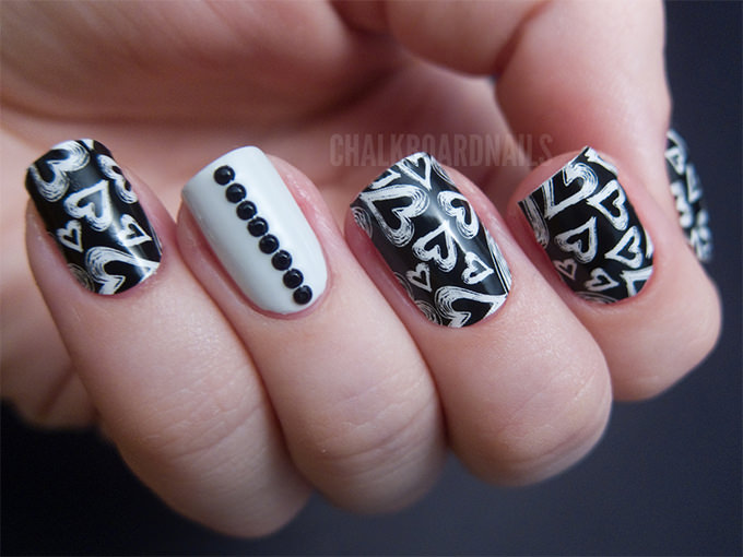 Wonderful Black And White Nails With Cutest Hearts Ever