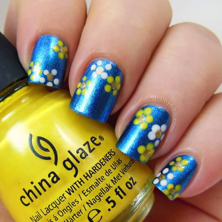 Wonderful Flower Design With Yellow And Blue Nails