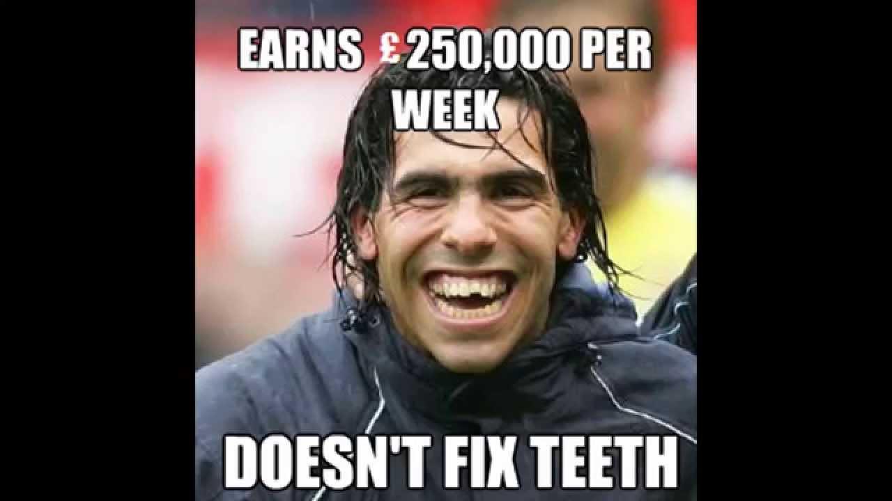 Earns 250000 per week doesnt fix teeth Football Meme